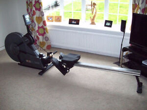 Johnson W7000 Rowing Machine - Commercial Quality Rower