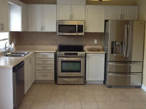 WHOLE HOUSE FOR RENT INCLUDING FINISHED BASEMENT IN NEWMARKET