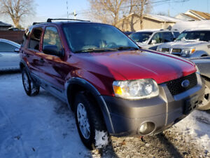 2005 Ford Escape, XLT, Crossover SUV