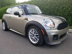Mini Cooper 2008 John Cooper Works Trim