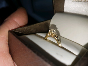 diamond gold ring  new