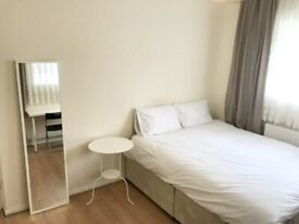 *** Double room is located in Hornsey, Postcode: N8 7BB