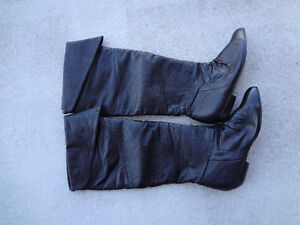 New KNEE HIGH BOOTS Size 6 to 6.5