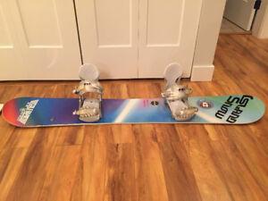 Woman's 149 board, bindings and small helmet