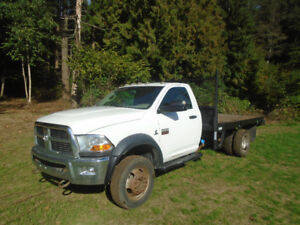 2011 Dodge 5500 4x4 Cummins Diesel Flat deck