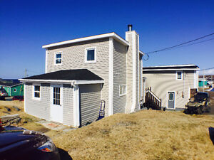 PORT AUX BASQUES - 2 BED HOME WITH 1 BED APT. - INCOME PROPERTY