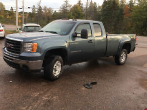 2008 GMC 2500HD  4x4 LONG BOX EXT CAB 7500$@902-293-6969
