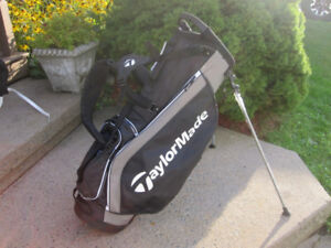 """TaylorMade Black Golf Stand Bag 10""""x 9"""" Top  """"NEW"""""""