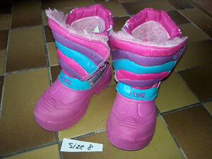 STILL AVAILABLE Winter boots - girl size 8
