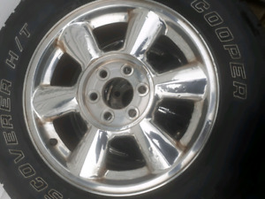 Gmc Envoy/ Chev Trailblazer wheels