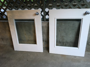 HALF DOORS WITH TEMPERED GLASS (GREAT FOR DAYCARES/BABIES/ PETS)