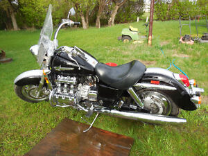 2001 MILEAGE HONDA VALKYRIE (PRICE REDUCTION) **UPDATED PICS**