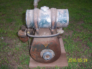 Old Clinton gas motor
