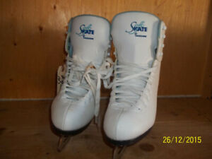 Women's Recreational Skates Sizes 4 (Softec Jackson) & 6 (VIC)