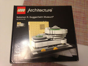 Lego Architectecture Set - Guggenheim Art Gallery, New York