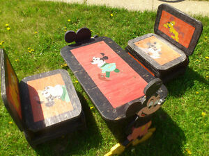 Kids Mickie Mouse table