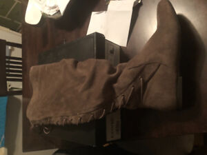 Size 8.5 wide calf boots