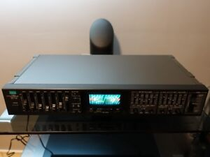 SANSUI RG-710 Stereo Graphic Equalizer with Reverb, Mic, Mixing