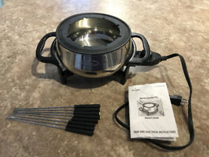 Electric Fondue Pot - Like New