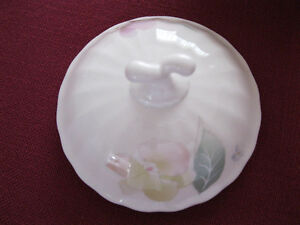 Sugar Bowl & Lid in Silk Blossoms by Mikasa West Island Greater Montréal image 2