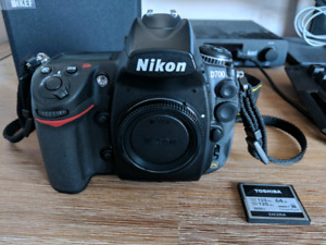 Nikon D700 full frame DSLR camera with memory card