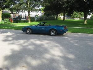 1992 Firebird Convert with trans am trim one of 6 sold in Canada