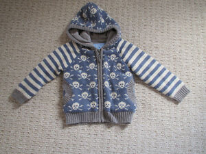 Boys knit hoody w/ Skull and cross bones - 3T