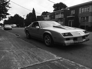 Selling 1984 Chevrolet Camaro Z28 rolling chassis!