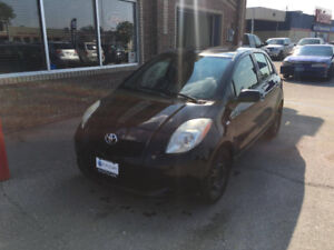 2007 Toyota Yaris LE Hatchback. LOW KM. POWER OPTION.