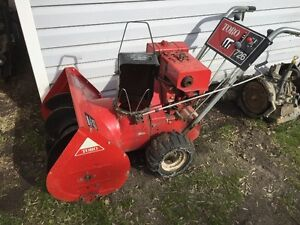 TORO 7/26 SNOWBLOWER