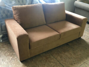 BRAND NEW COMFY MODERN 3 SEATER SOFA ONLY $500 - FREE DELIVERY