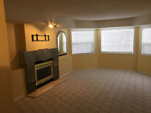 1000 SQ. FT. SCENIC DAYLIGHT SUITE     ABERDEEN
