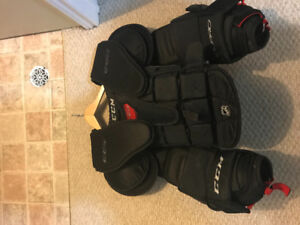 Ccm eflex 1 pro chest protector