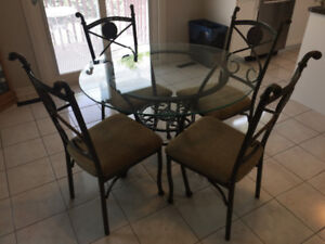 Graceful Home Art Design Dinning Set  for sale brand new in box.