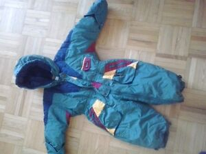 OSH KOSH - AS NEW SNOWSUIT  18 MO London Ontario image 1