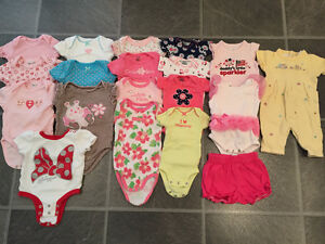 EXCELLENT CONDITION summer clothes for baby girl size NB, 0-3 m
