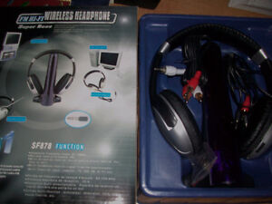 4-in-1 Super Boss Wireless Headphone Cambridge Kitchener Area image 8