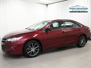 2015 Toyota Camry XSE - Sunroof, Heated Seats, Bluetooth and mor