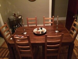 Dining Room Wood Table - Sits 4-6 People