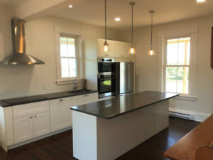 Renovated Waterview Century Old Farmhouse for Rent - Tyne Valley