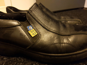 REDUCED $10 Women's Size 10 Safety Shoes Steel Toe