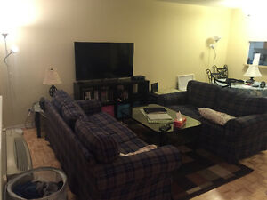 Furnished 2 1/2 downtown Montreal apartment