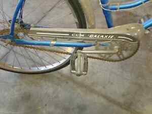 Old ( Antique  ?) CCM  Galaxie Bicycle London Ontario image 2