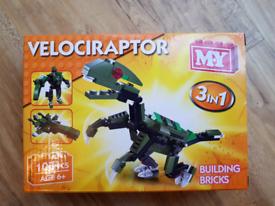 Kids Building Bricks 3in1 Velociraptor NEW