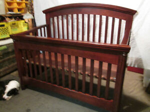 SHERMAG, Tuscany Collection Cherrywood 'stages' Crib