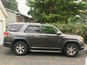 Beau Toyota 4Runner 2011, SR5, 135000kms, Super Condition!