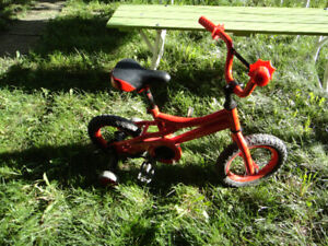 Velo enfant 12 pouces rouge 12in red bike
