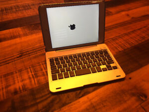 iPad Mini 2  32g + Clavier Case