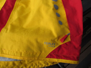 Exclusive Brand Jacket by VAUDE, size 14 unisex-like new Strathcona County Edmonton Area image 3