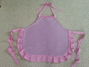 Cute Ruffled apron new hand made Cambridge Kitchener Area image 2